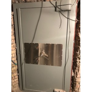 Дверь бронированая Практика в хранилище 9 класс